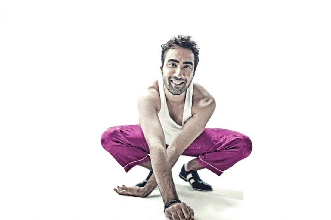 What makes Ranvir Shorey #Flip?