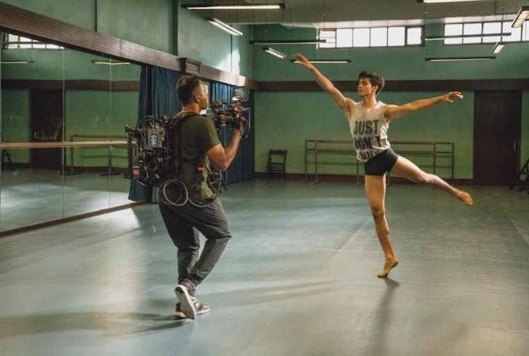 Behind the Moving Lens Photography: Supriya Kantak ; With Manish at the studio for Yeh Ballet