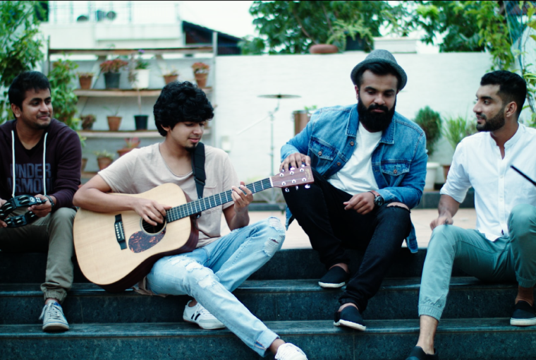 When Chai Met Toast From (l) to (r): Palee Francis (Keyboard), Achyuth Jaigopa (Guitar / Banjo), Ashwin Gopakumar (Vocals / Guitar), Pai Sailesh (Drums)