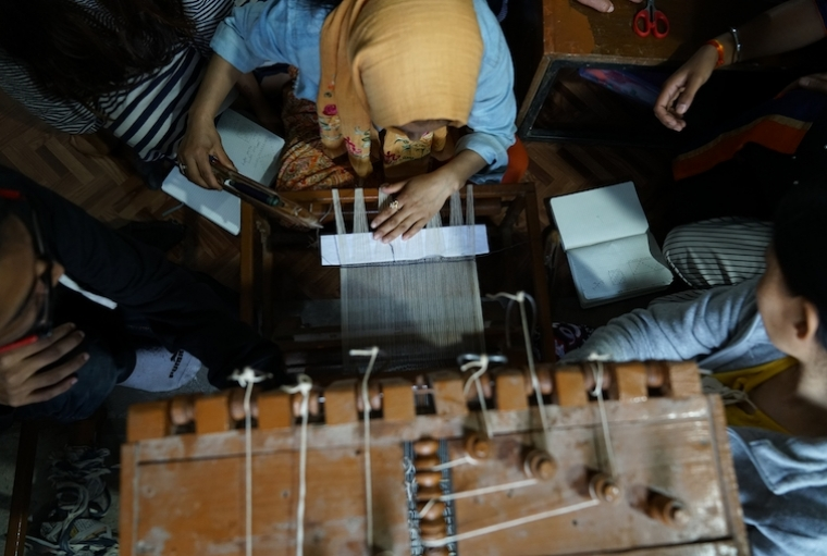 WomenWeave From their Handloom School where weaving and other skills are taught. ; Photography: Tad Philipp